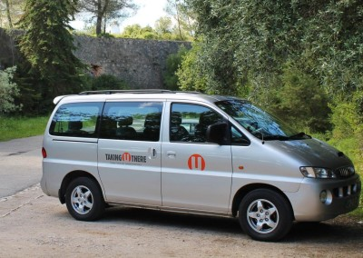2wd Minibus 7 assentos individuais